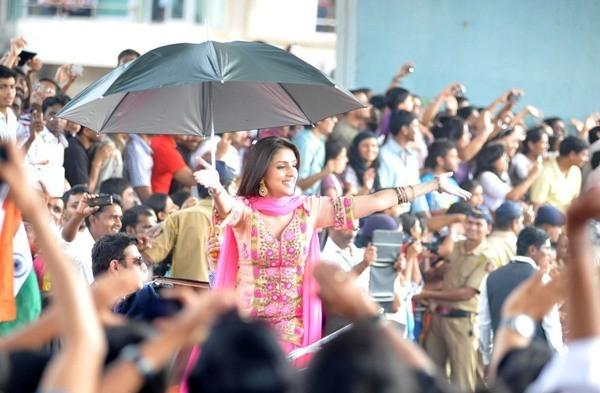 Aarti Chhabria at Mumbai's Republic Day parade