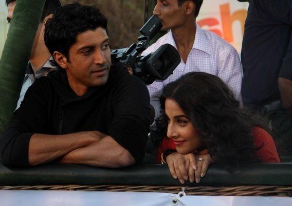 Vidya and Farhan promote ' Shaadi Ke Side Effects' on an hot air balloon