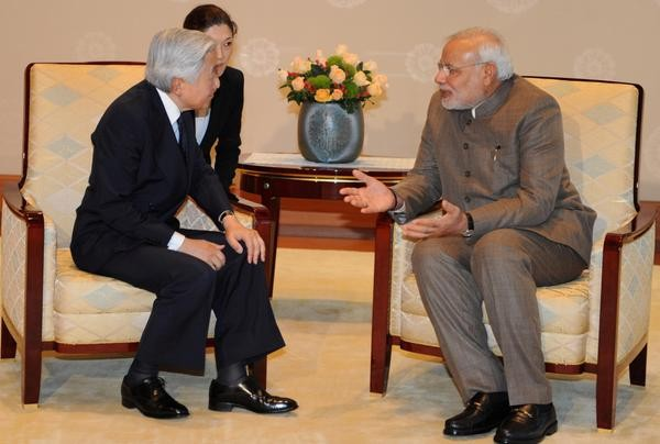Modi meets Japanese Emperor