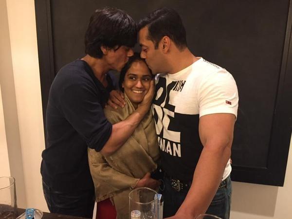 Shah Rukh Khan, Arpita Khan and Salman Khan