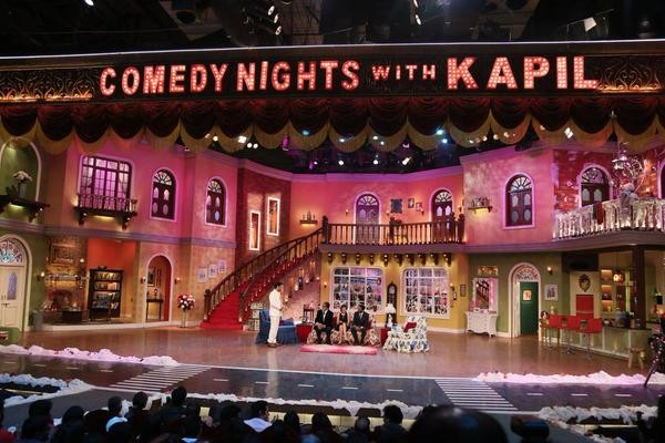 'Shamitabh' Promotions: Big B, Dhanush, Akshara Had A Blast At 'Comedy Nights With Kapil'