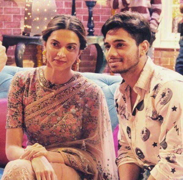 'Piku': Deepika Padukone Stuns at 'Comedy Nights With Kapil'
