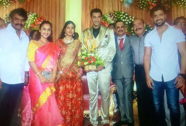 Hari, Vijayakumar at Arulnidhi's Wedding Reception