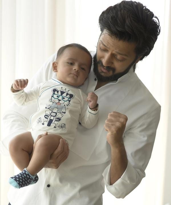 Riteish Deshmukh with his adorable son Riaan