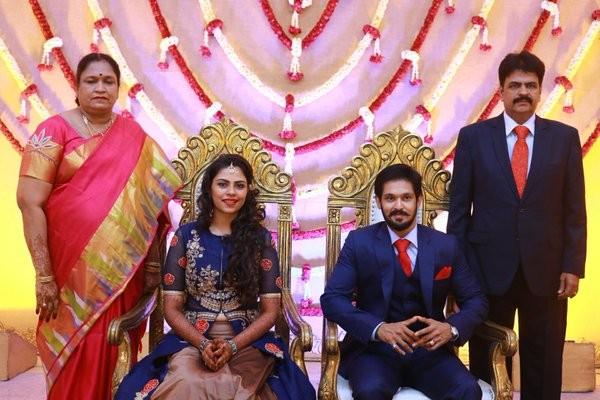Celebrities Grace Nakul Sruti Bhaskars Marriage Reception Photos