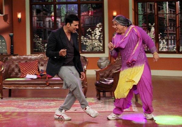 Akshay Kumar Promote 'Holiday' on Comedy Night with Kapil