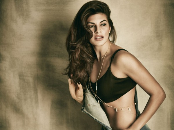 Topless Jacqueline Fernandez Pictures From A Photoshoot -6976