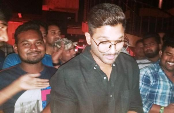 Allu Arjun,allu arjun birthday,allu arjun birthday celebration,allu arjun birthday celebration pics,allu arjun birthday celebration images,actor allu arjun
