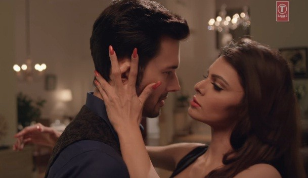 Sherlyn Chopra Rajniesh Duggall in Wajah Tum Ho new song