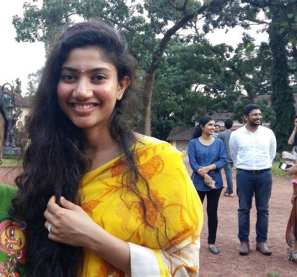 Sai pallavi,sai pallavi in kerala,malar in kerala,sai pallavi in mg university,sai pallavi latest