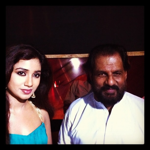 Shreya Ghoshal,Shreya ghoshal rare and unseen pics,Rare and Unseen Selfies,Shreya ghoshal with celebs,Yesudas,shankar mahadevan