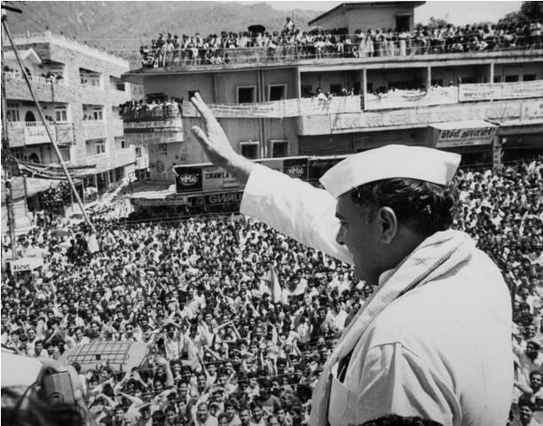 Rajiv Gandhi birth anniversary,Rajiv gandhi rare and unseen photos