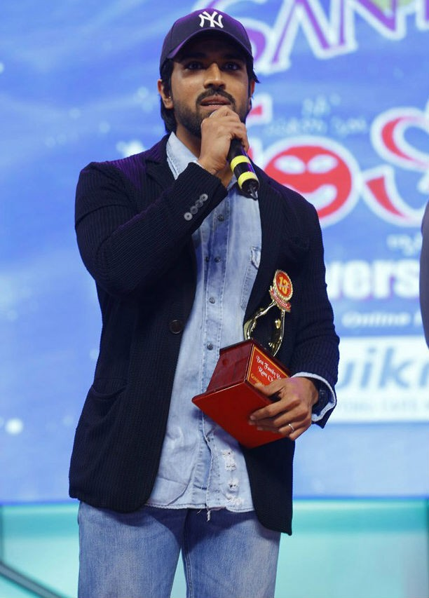 Santosham 13th Anniversary South Indian Film Awards,Santosham Film Awards,Santosham Awards,Santosham Awards 2015,Santosham 13th Anniversary awards,Ram Charan,Balakrishna,Ileana,Shriya Saran,Santosham Awards 2015 pics,Santosham Awards 2015 images,Santosham