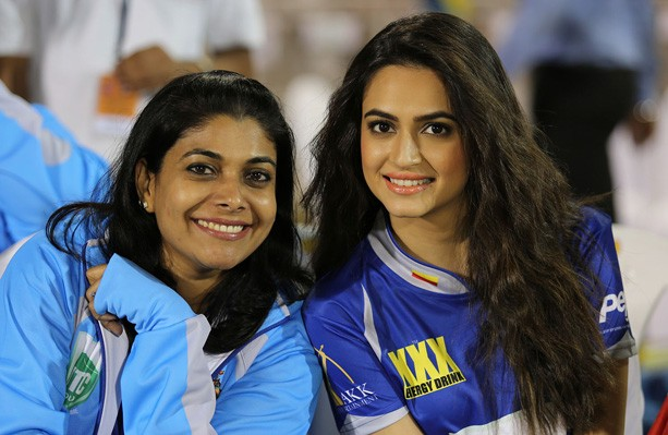 Priya Sudeep with Kriti Kharbanda