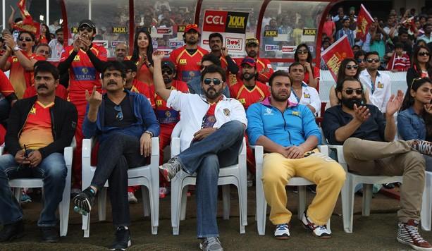 Celebs at Telugu Warriors Dugout
