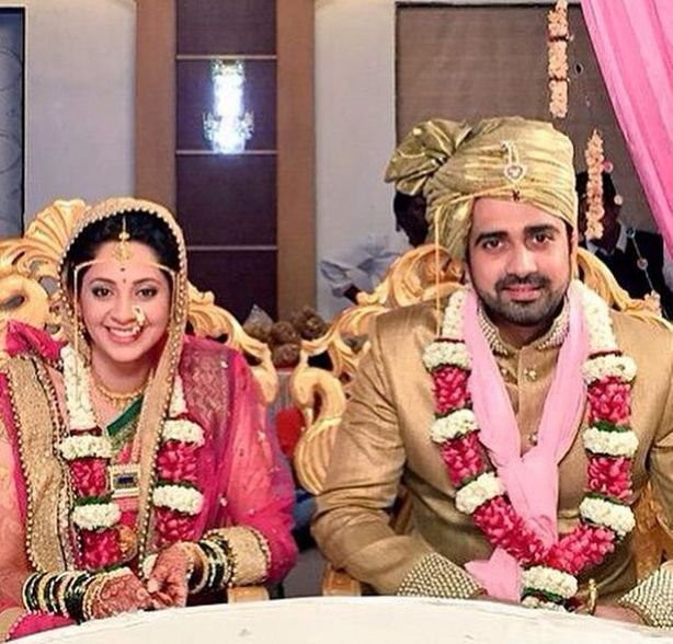 Avinash Sachdev and Shalmalee Desai's Wedding Pics,Avinash Sachdev Wedding Pics,Avinash Sachdev Wedding images,Avinash Sachdev Wedding photos,Avinash Sachdev Wedding stills,Shalmalee Desai Wedding Pics,Shalmalee Desai Wedding images,Shalmalee Desai Weddin