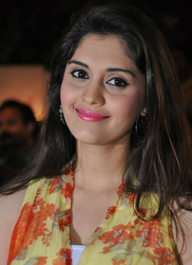 Surabhi Latest Photos,Surabhi Latest pics,Surabhi Latest images,Surabhi,actress Surabhi,Surabhi pics,Surabhi images,Surabhi hot pics,south indian actress