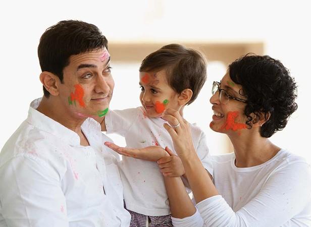 Salman Khan,Shah Rukh Khan,Aamir Khan,Hrithik Roshan,Sunny Leone,best Holi moments,Holi moments,Celebs Holi moments,Holi funny moments