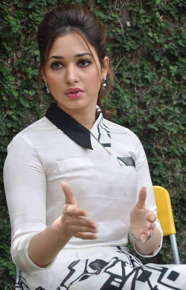 Tamannaah,actress Tamannaah,Tamannaah Promotes Baahubali Movie in Hyderabad,Tamannaah Promotes Baahubali,Baahubali movie promotion,Baahubali,Tamannaah Bhatia,Tamannaah new pics,Tamannaah pics,Tamannaah images,Tamannaah photos,Tamannaah stills,Tamannaah pi