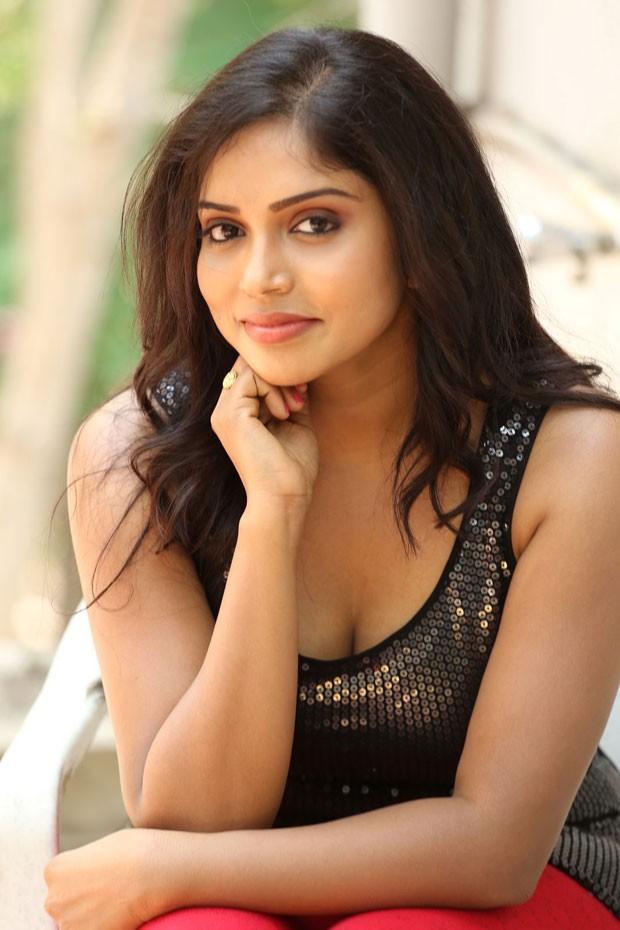 Actress Karunya Latest Pics