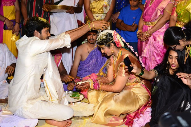 Allari Naresh Wedding Pics,Allari Naresh Wedding images,Allari Naresh Wedding photos,Allari Naresh Wedding stills,Allari Naresh marriage pics,Allari Naresh marriage images,Allari Naresh marriage photos,Allari Naresh marriage stills,Allari Naresh marriage