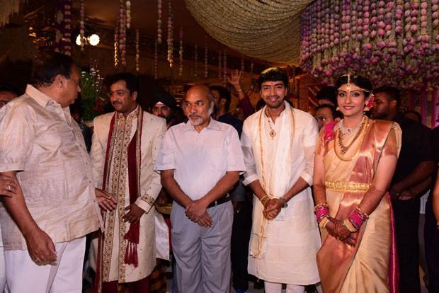 Celebs at Allari Naresh Wedding,Celebs at Allari Naresh marriage,Allari Naresh Weds Virupa,Virupa wedding,Virupa wedding pics,Virupa wedding images,Virupa wedding photos,allari naresh and Virupa,allari naresh and Virupa marriage,allari naresh and Virupa m
