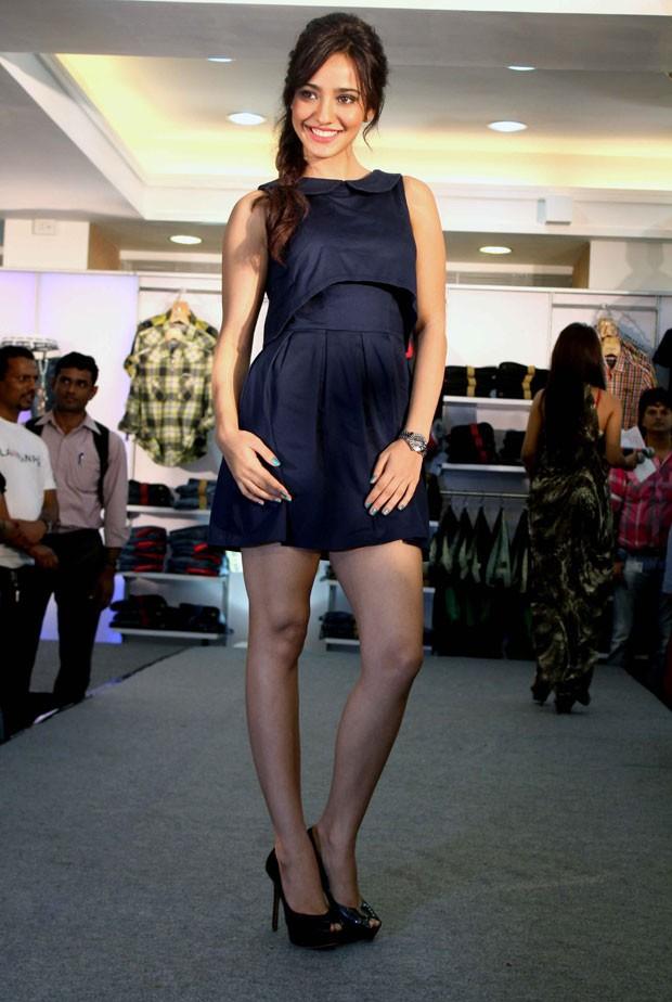Neha Sharma,actress Neha Sharma,Neha Sharma in Mini Skirts,celebs in Mini Skirts,actress in Mini Skirts,Mini Skirts,actress in short dress,celebs in short dress