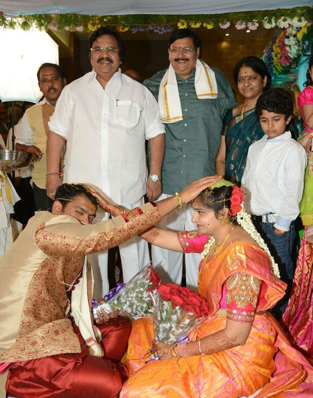 Director Vasu,Director Vasu's daughter Deepthi Wedding photos,Director Vasu's daughter Deepthi,Deepthi Weds Bharath Wedding,Deepthi Weds Bharath,Deepthi Wedding photos,Deepthi Wedding pics,Deepthi Wedding images,Deepthi Wedding stills,Deepthi We