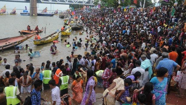 Krishna Pushkaralu, the once in 12 years river festival of Krishna, began in two Telugu states of Telangana and Andhra Pradesh on Friday with fanfare and religious fervour.