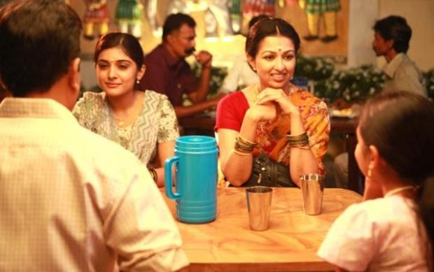 Tamil Movie Papanasam starring Kamal Haasan and Gauthami First Look Stills
