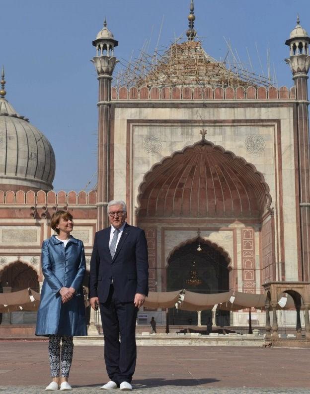 German President,Jama Masjid,Steinmeier visits Delhi's Jama Masjid,Frank-Walter Steinmeier,Frank-Walter Steinmeier India visit,Elke Büdenbender,Frank-Walter Steinmeier wife