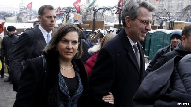 US Assistant Secretary of State for Europe Victoria Nuland with US ambassador to Kiev Geoffrey Pyatt/Reuteres File