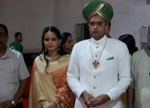 Yaduveer marries Trishika Kumari Singh
