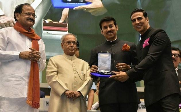 National Film Awards 2017,National Film Awards,K Viswanath,Mohanlal,Akshay Kumar,Sonam Kapoor,Mohanlal,Pranab Mukherjee,President Pranab Mukherjee