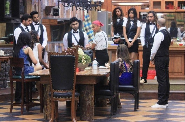 'Bigg Boss 8': Nigaar Khan, Renee Dhyani, Dimpy Mahajan Get Royal Treatment in House