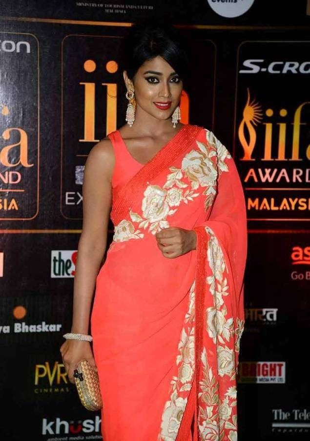 Shriya Saran,actress Shriya Saran,Shriya Saran at IIFA Awards 2015,IIFA Awards 2015,IIFA awards,Shriya Saran pics,Shriya Saran images,Shriya Saran photos,Shriya Saran stills