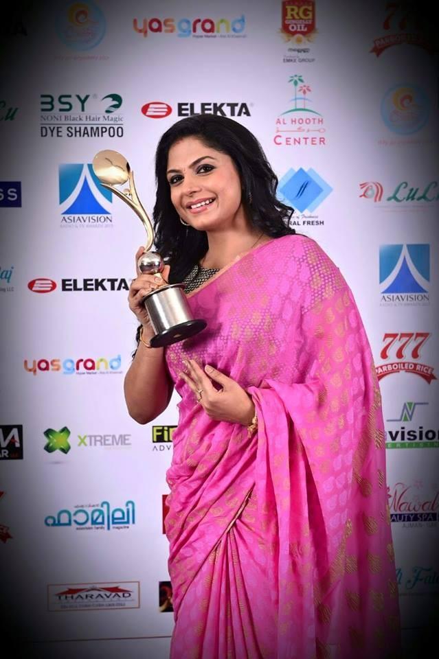 Asha Sarath,Asha Sarath photos,Asha Sarath awards,asia vision awards,Asia vision awards photos