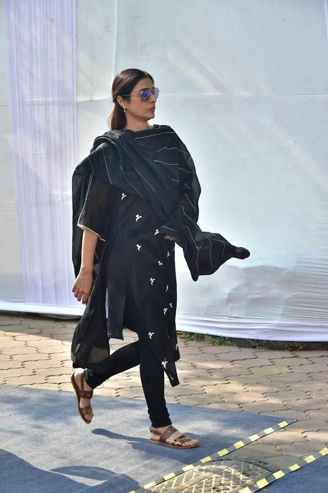 Aishwarya Rai Bachchan,Aishwarya Rai,Hema Malini,Sridevi funeral,Sridevi funeral at Celebration Sports Club,Celebration Sports Club,Aishwarya Rai at Celebration Sports Club,Sushmita Sen