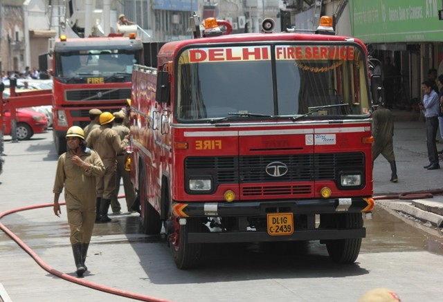 Connaught Place fire,Connaught Place,delhi fire,Fire at Delhi Connaught Place,Fire at Delhi Connaught Place photos