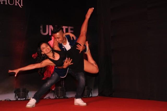 Madhuri Dixit Nene,Madhuri Dixit Nene dance,Madhuri Dixit Nene dance academy,Madhuri Dixit Nene dance school,online dance academy,Dance With Madhuri