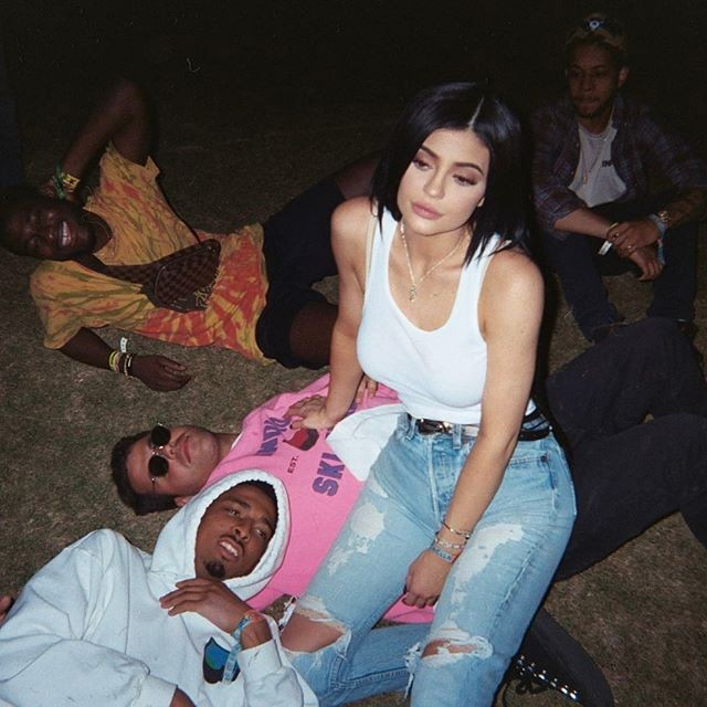 Kylie Jenner,actress Kylie Jenner,Kylie Jenner sizzles in white,Kylie Jenner hot pics,Kylie Jenner hot images,Kylie Jenner hot stills,Kylie Jenner hot photos,Kylie Jenner hot pictures,Kylie Jenner bikini,Kylie Jenner bikini pics,Kylie Jenner bikini images
