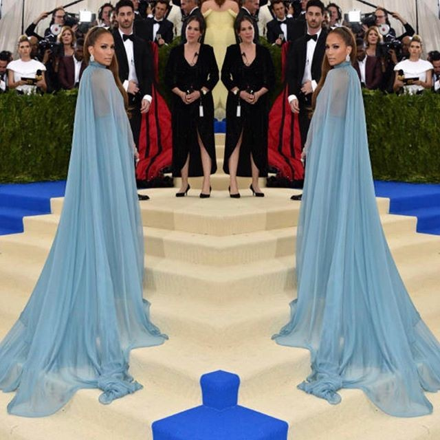 Jennifer Lopez,Jennifer Lopez looks like a queen,Jennifer Lopez at Met Gala,Jennifer Lopez at Met Gala 2017,Jennifer Lopez hot pics,Jennifer Lopez hot images,Jennifer Lopez hot stills,Jennifer Lopez hot photos,Jennifer Lopez hot pictures,Jennifer Lopez bi