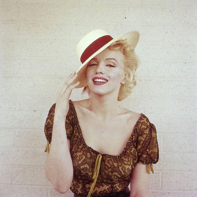 Marilyn Monroe,actress Marilyn Monroe,Hollywood diva Marilyn Monroe,Hollywood actress Marilyn Monroe,Marilyn Monroe pics,Marilyn Monroe images,Marilyn Monroe stills,Marilyn Monroe pictures,Marilyn Monroe photos