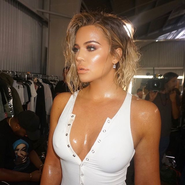 Khloe Kardashian,Khloe Kardashian arms,Khloe Kardashian pregnant,model Khloe Kardashian,Khloe Kardashian hot pics,Khloe Kardashian hot images,Khloe Kardashian hot stills,Khloe Kardashian hot pictures,Khloe Kardashian hot photos