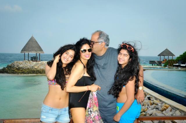 Sridevi's Daughter Jhanvi Rare and Unseen Pics,Sridevi's Daughter Jhanvi,sridevi,actress sridevi,sridevi kapoor,Jhanvi,Jhanvi pics,Jhanvi stills,Jhanvi images,jhanvi kapoor