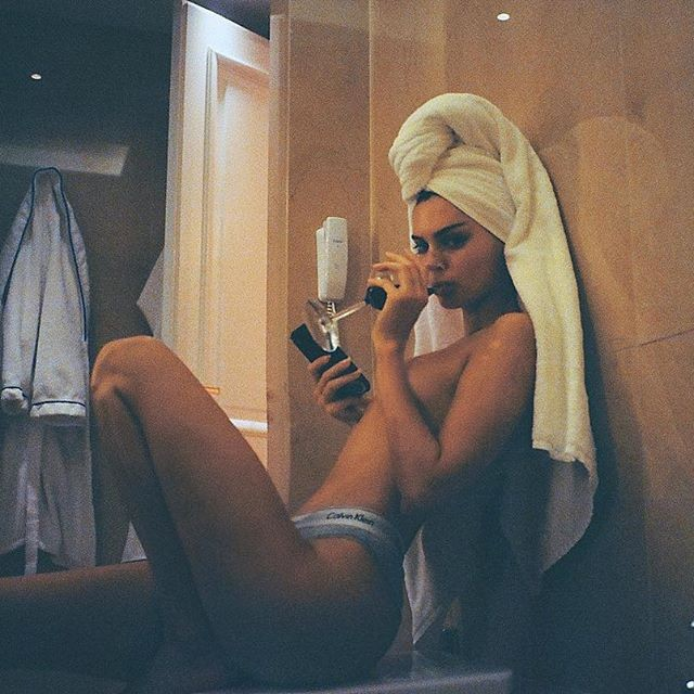Kendall Jenner,Kendall Jenner naked,Kendall Jenner topless,Kendall Jenner topless pics,Kendall Jenner topless photo,kendall jenner instagram,Kendall Jenner facebook,Kendall Jenner topless images,Kendall Jenner topless stills