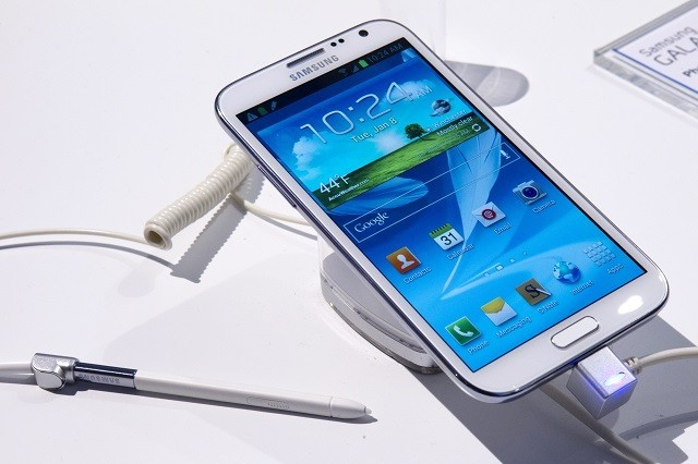 Samsung Galaxy Note II displayed during the Consumer Electronics Show (CES), 2013.