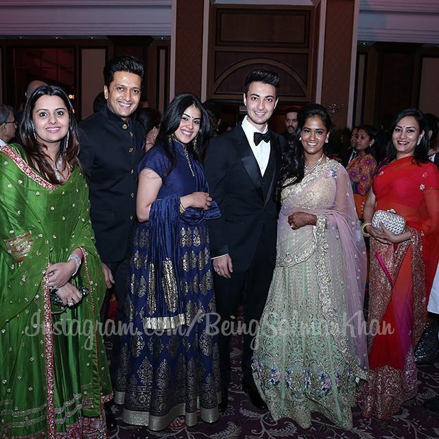 Riteish Deshmukh, Genelia at Arpita Khan's Wedding Reception