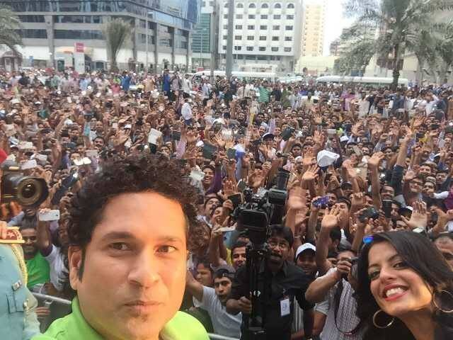 Sachin Tendulkar selfie