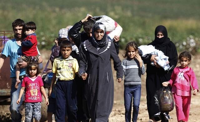Hundreds of Syrian refugees have returned from Turkey